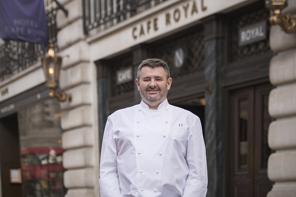 Le chef Laurent Tourondel ouvre l'Hôtel Café Royal à Londres