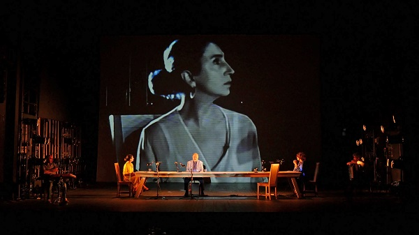 A letter to a friend in Gaza se joue au Coronet theatre