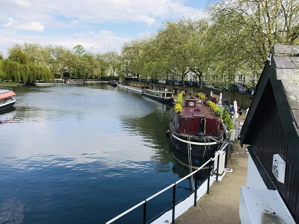 Le marché flottant estival de Paddington Central